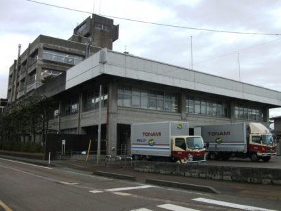 新発田市の新旧庁舎 | 新潟県内のニュース|にいがた経済新聞